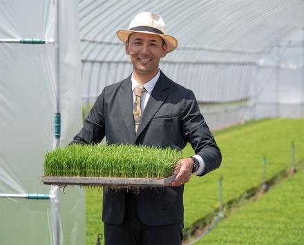 【ビルメンテナンス】スーツに見える作業着、農家やマンション管理人にも広がった理由