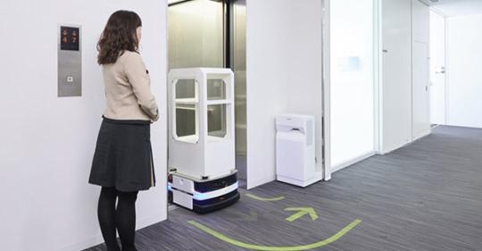 【ビルメンロボット】パーソナルモビリティが自らエレベーターを利用 三菱電機が技術を開発