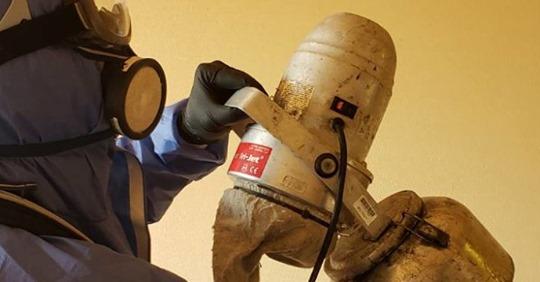 【ビル管理】「バイトも嫌がって…」コロナ消毒作業を担う「特殊清掃業者」の本音