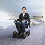 羽田空港、第1ターミナルで3種のロボット導入。自動運転椅子/遠隔案内ロボット/消毒ロボット