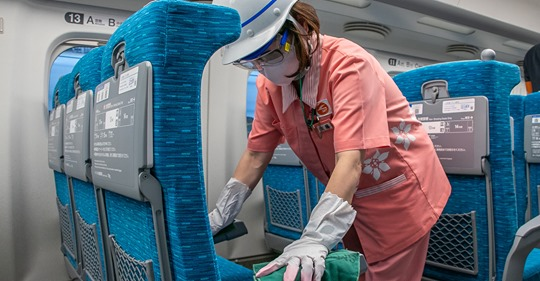 【ビルメンナンス】新幹線のフシギ 新型コロナで車内清掃はどう変わった?